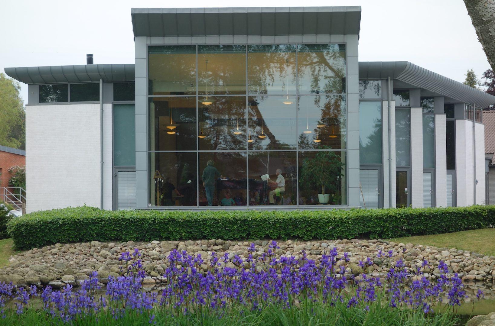 Højskolen Marielysts koncerthus hvori de afholder arrangementer, hvor billetsalget styres igennem Safetickets billetsystem.